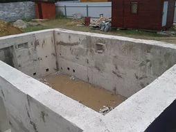 вид монолитного погреба