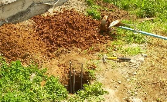 Стоимость забора из профнастила с фундаментом в Красногорске