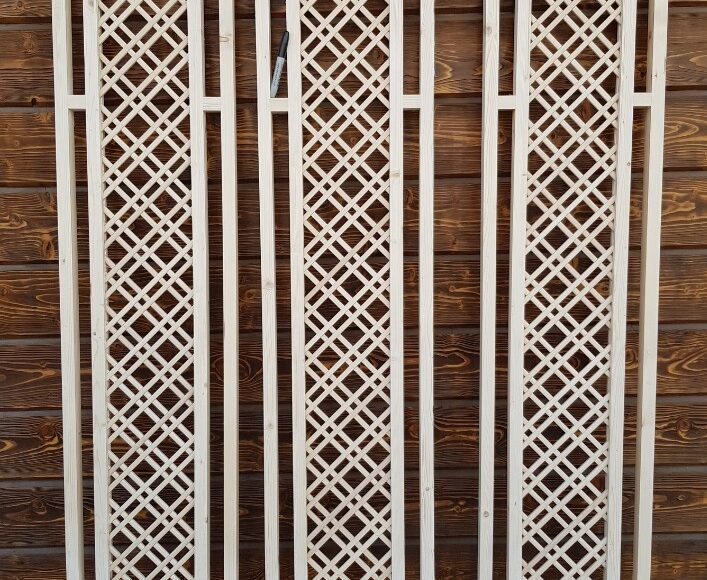Вставки из дерева для декоративных решеток