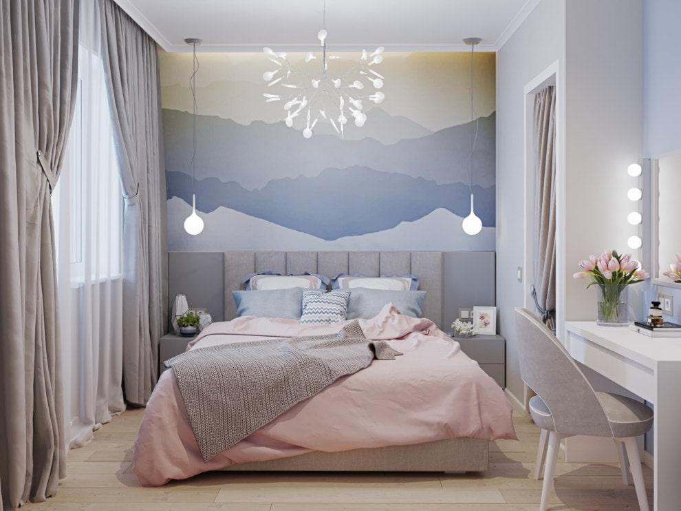 Маленькая кровать для маленькой спальни