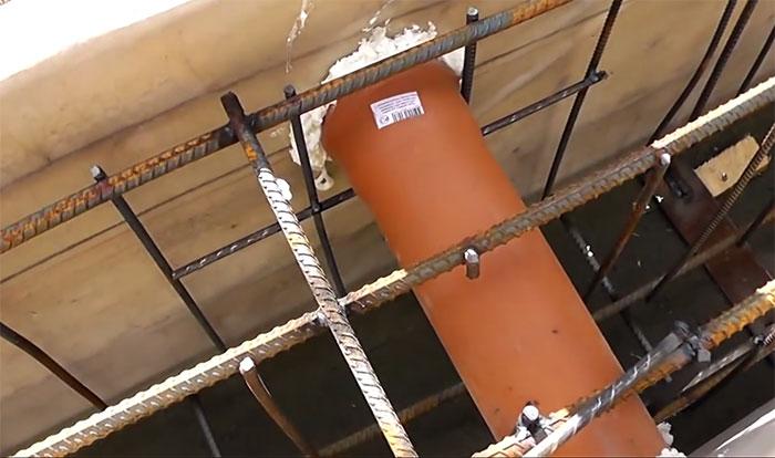 Устройство труб для вентиляции фундамента