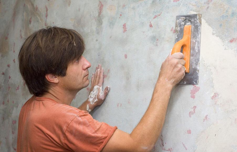 Как приготовить стены к облицовочным работам?