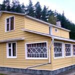 Вагонка или блок-хаус: какую отделку выбрать